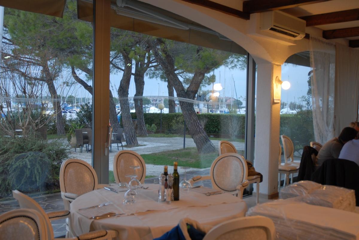 Riviera friulana un altro locale di pregio di marano for Trova un costruttore locale